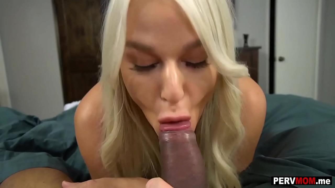 Porno amador com esposa chupando e dando